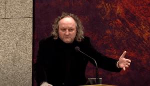 Vrouwen toegang Tweede Kamergebouw ontzegd om meer aanrandingen door Dion Graus te voorkomen
