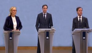 VVD, D66 en CDA kondigen Super Kamer aan